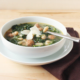 Kale, Sausage, and White Beans Soup