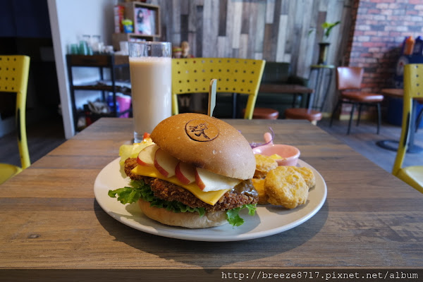 森漢堡。很好吃又豐盛的早午餐
