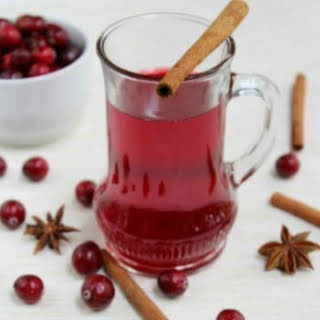 Healthy Holiday Treats – Cranberry Punch + Mulled Wine.