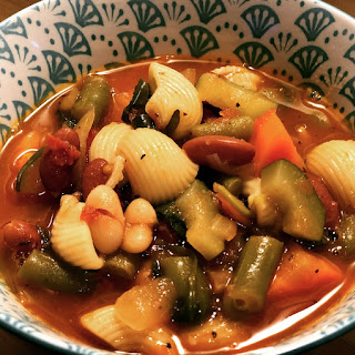 THE PERFECT, PACKED MINESTRONE SOUP!.