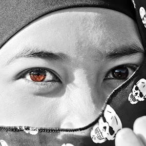 brown eyed by Wibi Prayogo - People Portraits of Women