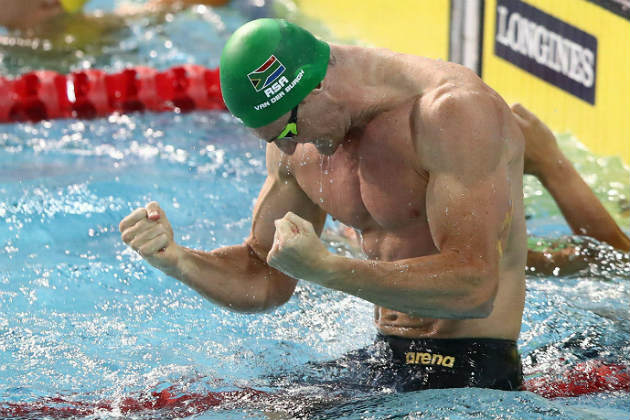 Cameron van der Burgh of South Africa celebrates victory in the Men's 50m Breaststroke Final on day five of the Gold Coast 2018 Commonwealth Games at Optus Aquatic Centre on April 9, 2018 on the Gold Coast, Australia