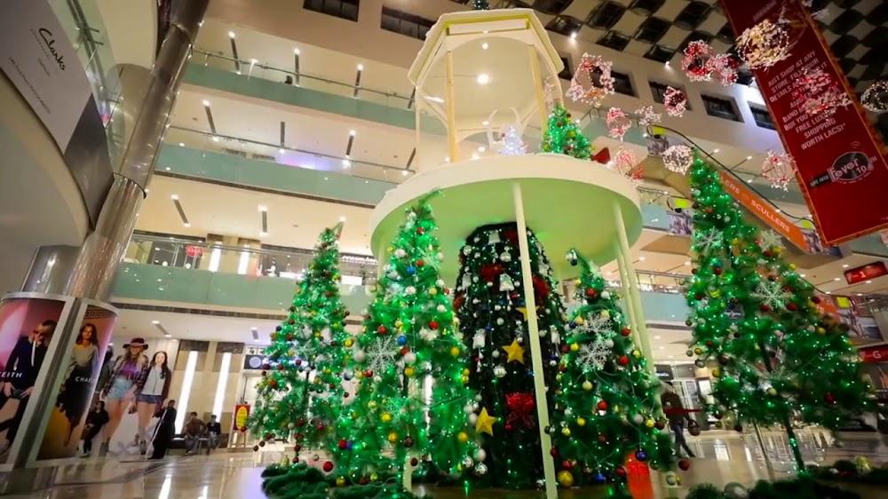 11-12-2019-ambience_mall_vasant_kunj_Christmas_decor.jpg