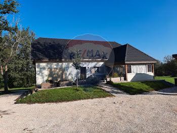 villa à Ussac (19)