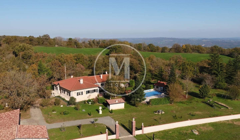 Maison avec piscine et terrasse Cordes-sur-Ciel