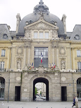Photo: The Hotel de Ville - City Hall - whose construction began in 1734. It combines Classical and Baroque architectures in limestone and granite.