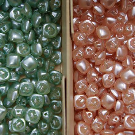 Glasknapp 11mm - mintgrön eller ljusrosa