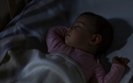 Những lưu ý và cách dỗ trẻ sơ sinh ngủ nhanh giúp cha mẹ nhàn tênh