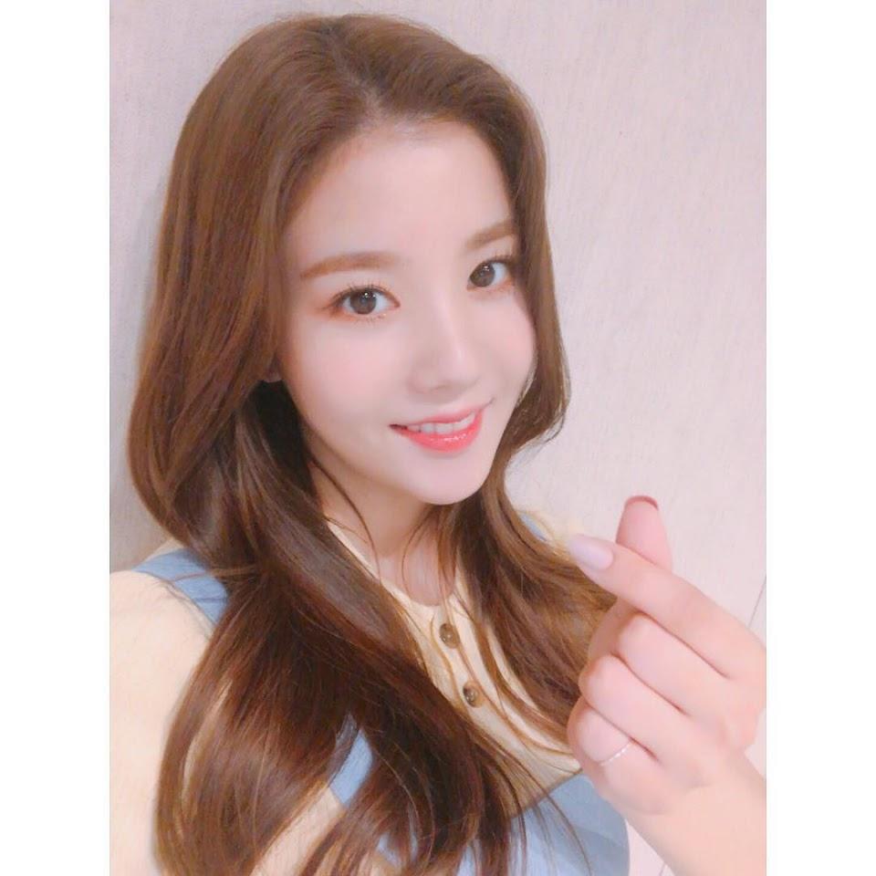official_izone - BntaCONj5VX