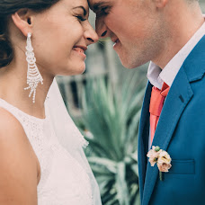Wedding photographer Liza Yushkevich (forloveonly). Photo of 17.09.2015