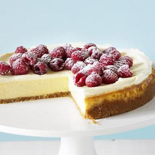 Vanilla Cheesecake with Raspberries