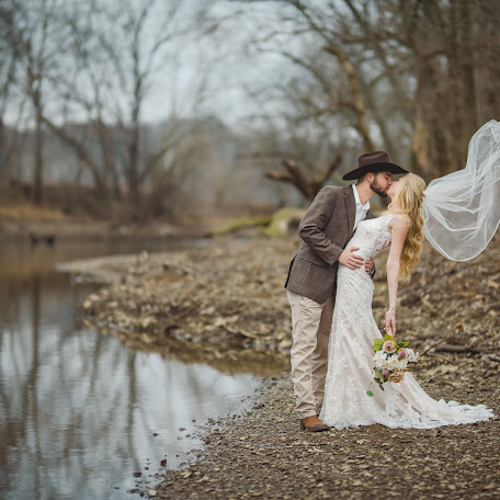 Wedding photographer Ayla Townsend (aylatownsend). Photo of 10.02.2018