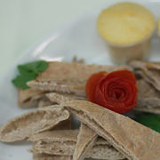 Hummus & Wholemeal Pita Soldiers