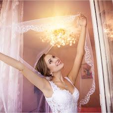Wedding photographer Sveta Luchik (orchid2007). Photo of 18.10.2016
