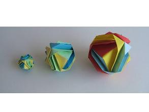 Photo: Les balles de jonglage de différentes tailles