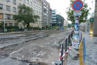 Photo: Rekonstrukce tramvajové trati, v červnu zatím pouze v Jičínské ulici. Zato od září přibude pro tramvaje nový směr