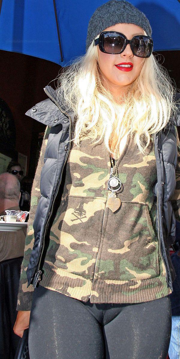 Christina Aguilera Camel Toe