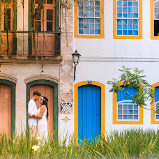Wedding photographer Marcelo Roma (WagnerMarceloR). Photo of 01.09.2015