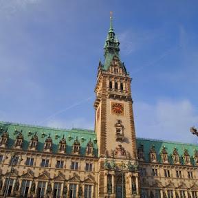 北ドイツの町ハンブルクで、ランドマークにもなっている壮麗な外観の市庁舎を訪ねて
