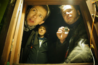 Photo: Panowie z okienka. Zza okienka.  fot. wilczyca