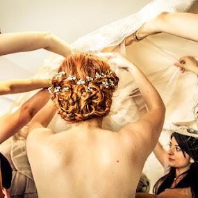 SofiaCamplioniCom (0356) by Sofia Camplioni - Wedding Getting Ready
