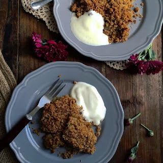 Gluten free and Vegan Apple Crumble with Salted Caramel