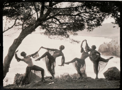 Hidden History: The Dancers of Saint-Paul