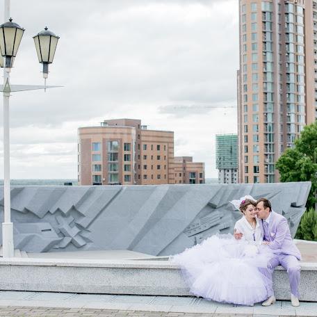 Wedding photographer Oksana Ivanova (sunnylight). Photo of 14.06.2017