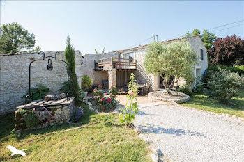 maison à Saint-Just-Luzac (17)