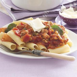 Chicken and Spinach Rigatoni