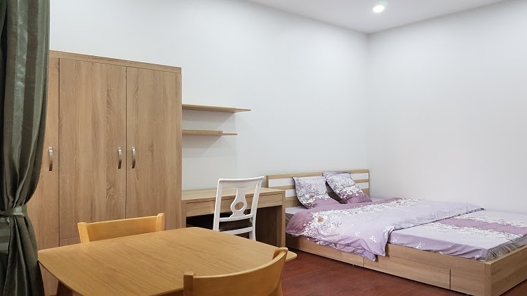 Cheap studio apartment in Hoang Hoa Tham street, Ba Dinh district for rent