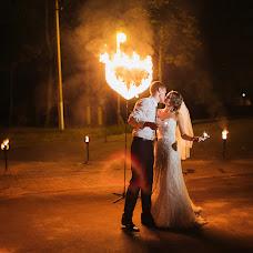 Wedding photographer Aleksandr Medvedev (medveds). Photo of 21.08.2014