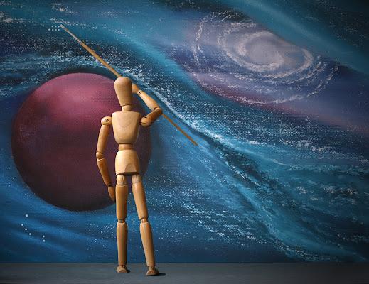 Dipingere il cosmo di Pensatore