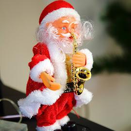 Santa by Gérard CHATENET - Public Holidays Christmas