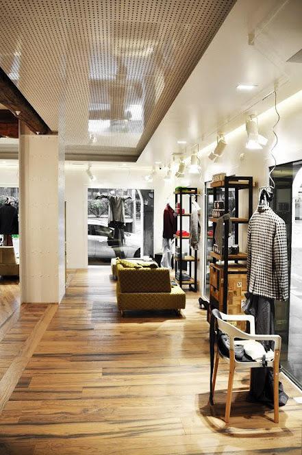 thiết kế shop thời trang cổ điển