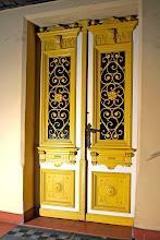 Photo: Drzwi wejściowe.