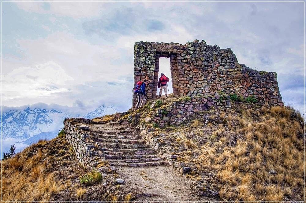 As ruínas de Inti Punku na Trilha Inca