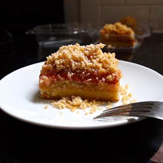 Tarte à la rhubarbe et au beurre noisette (Rhubarb Brown-Butter Tart)