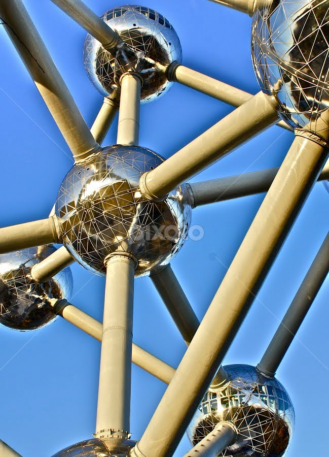 Great Balls by David Van der Smissen - Buildings & Architecture Statues & Monuments