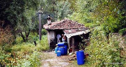 Photo: Nabij Zheravna, een kleine stokerij | Nearby Zheravna, one tiny distillery.  www.loki-travels.eu
