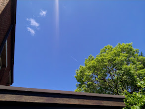 Photo: This is a normal contrail, NOT a chemtrail, there is a HUGE difference, if you cannot already tell.  A contrail disappears within a few seconds to minutes, a chemtrail lasts for hours to days.