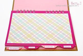 Photo: http://bettys-crafts.blogspot.com/2014/09/kalenderplanerjournal-die-zweite.html