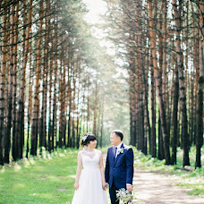 Wedding photographer Ekaterina Kolomarova (katesalat). Photo of 03.11.2017
