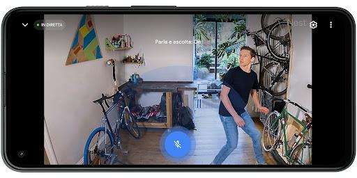 Comunica tramite la videocamera, ovunque ti trovi.