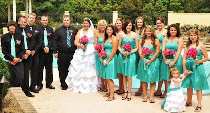 Photo: Marriott Greenville - Poolside Ceremony 7/10 -  Photo courtesy Noel Snelgrove Photography
