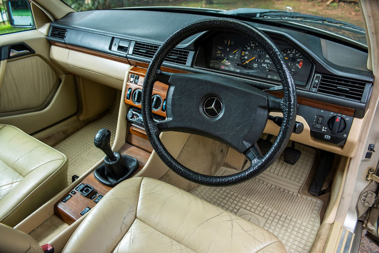 The author replaced the wooden interior trim and installed a new gearstick and rubber boot housing.