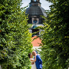 Wedding photographer Andrius Pelakauskas (pelakauskas). Photo of 05.11.2015