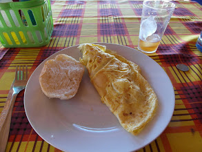 Photo: Omelette with prawns, tomatoes and onions for Breakfast, oh, and a Timpo Tinto