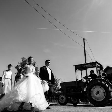 Wedding photographer Silviu-Florin Salomia (silviuflorin). Photo of 17.11.2017