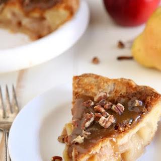 Apple Pear Praline Pie
